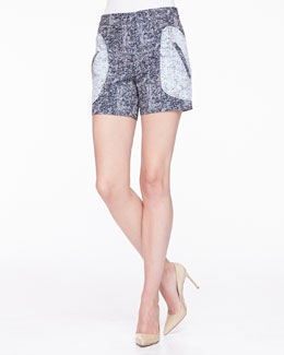 Seamed Front Pocket Shorts, Navy/Ivory
