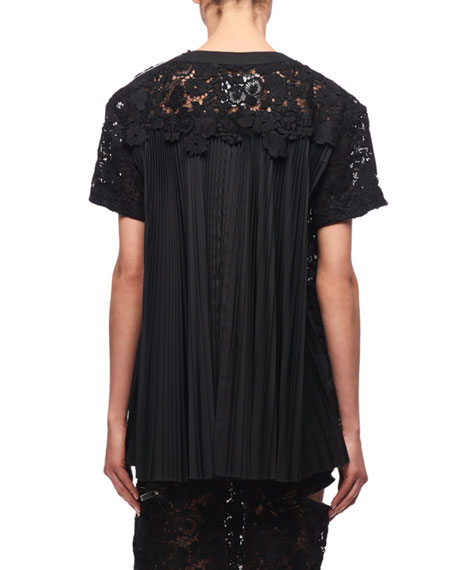 Short-Sleeve Floral Lace Top