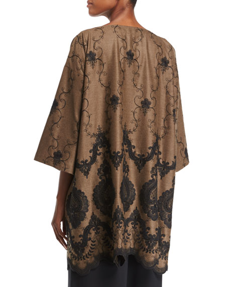 Lace-Embroidered 3/4-Sleeve Tunic