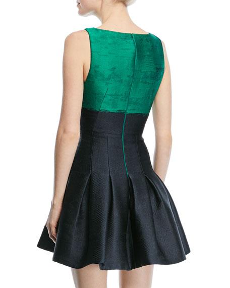 Sleeveless Two-Tone Jacquard Dress