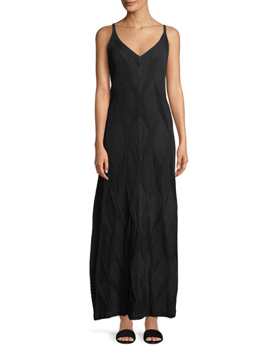 Sleeveless Diamond Pleated A-Line Dress