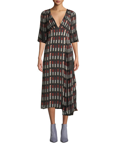 Lipstick-Print V-Neck Short-Sleeve Pleated A-Line Dress