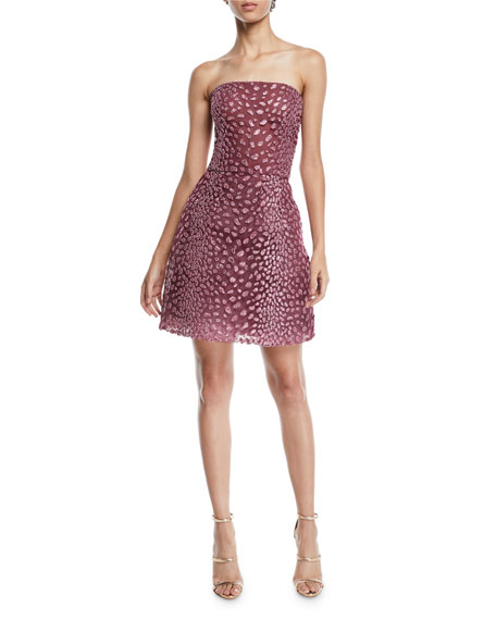 MONIQUE LHUILLIER STRAPLESS EMBROIDERED FIT-AND-FLARE COCKTAIL DRESS