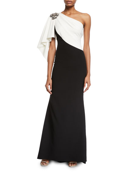 344098945de Badgley Mischka Couture Colorblocked Draped Gown with Brooch Shoulder