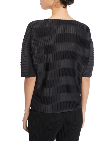 Wavy-Striped Pleated Short-Sleeve Top