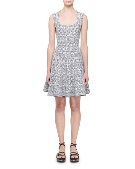 ALAIA Sleeveless Labyrinth Intarsia Dress, White/Black