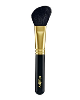 Blush Brush with Goat-Hair Bristles