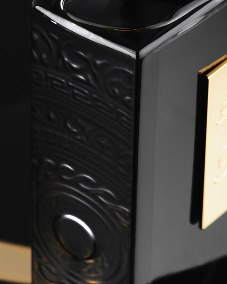 Musk Oud Refillable Spray and its Coffret, 1.7 oz./ 50 mL