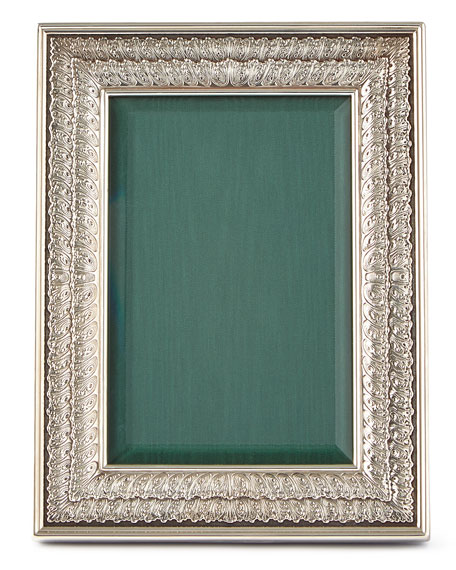 "Double-Linenfold Frame, 4"" x 6"""