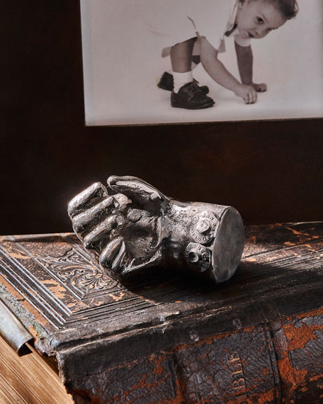 Mano d'Luca Sculpture