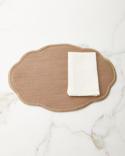 Scallop Oval Placemat