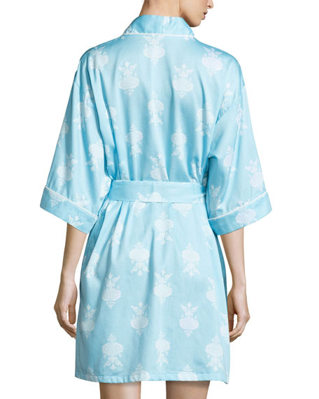 Chandelier-Print Short Kimono Robe, Blue