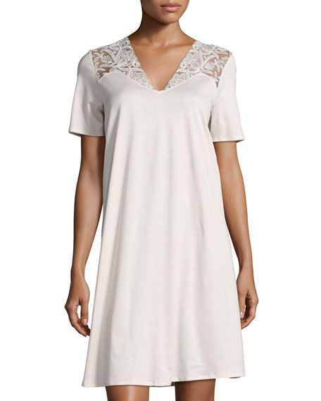 Hanro Daphne Lace-Trim Short-Sleeve Gown, Beige