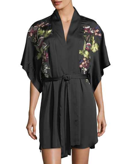Alyssa Embroidered Short-Sleeve Robe