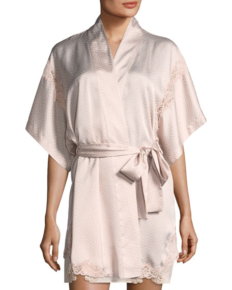 Labyrinth-Print Short Satin Robe in Light Pink