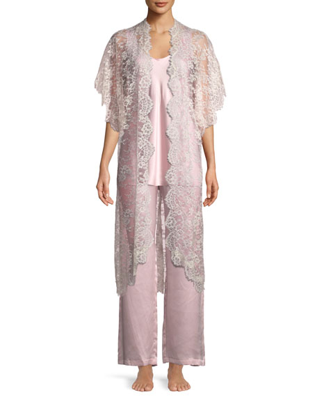 CHRISTINE DESIGNS Beloved Floral Lace Robe in Champagne