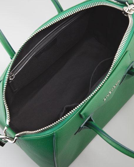Antigona Medium Sugar Goatskin Satchel Bag, Emerald