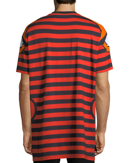 Columbian-Fit Totem Print T-Shirt