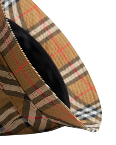 27ad1ac509eb9 Burberry Men s Vintage Check Bucket Hat