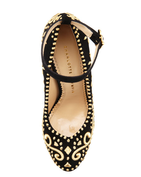 Abigail Embroidered Platform Pump