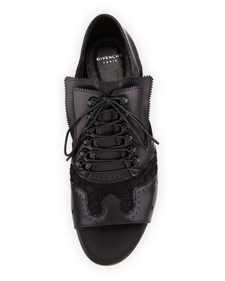Cutout Lace-Up Brogue Oxford, Black