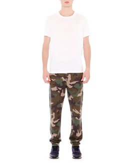 Basic Short Sleeve T-Shirt With Back Stud & Camo-Style Sweatpants
