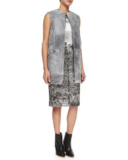 Sleeveless Shearling Fur Gilet & Crewneck Sleeveless Printed Slip Dress