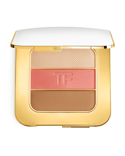 Soleil Contouring Compact and Matching Items