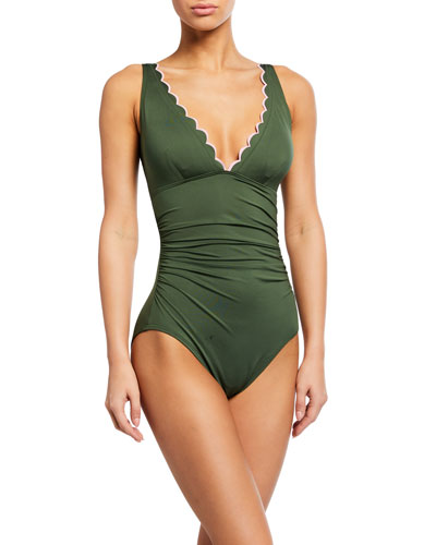 plunge one-piece ruched scallop edge swimsuit