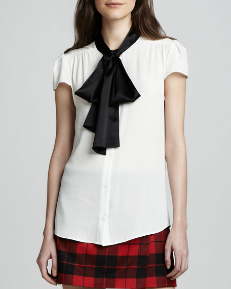 Robin Contrast-Bow Blouse