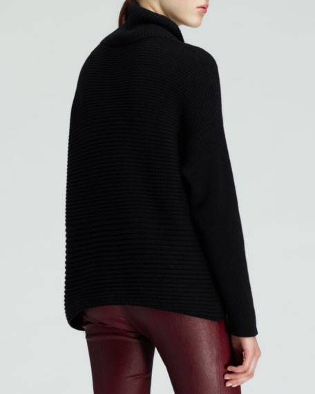 Ribbed Turtleneck Fly Sweater