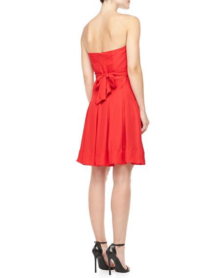 Benita Strapless Sweetheart Dress