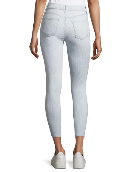 835 Mid-Rise Skinny Capri Jeans, Blue