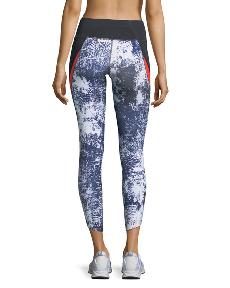Run True Printed Crop Performance Leggings