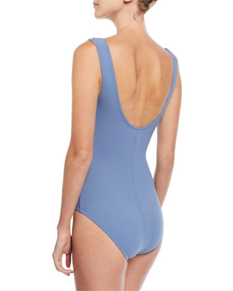 Varia V-Neck Silent Underwire One-Piece Swimsuit