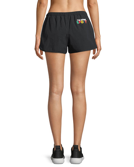 Trainer Performance Shorts w/ Side Stripe