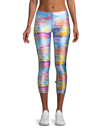 Abstract Art Printed Capri Performance Leggings