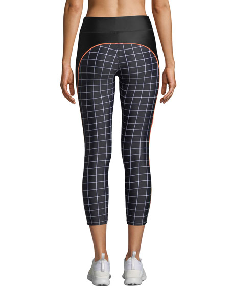 The Hammer Throw Cropped Performance Leggings