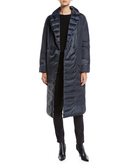 Here is the Cube Collection Noveco Reversible Long Taffeta Jacket w/ Travel Case
