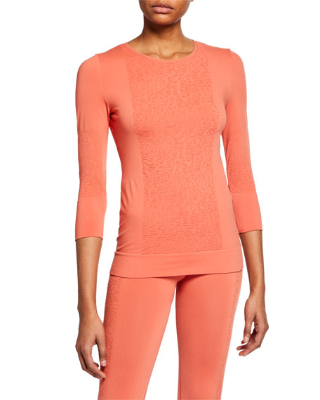 Seamless Knit 3/4-Sleeve Active Top