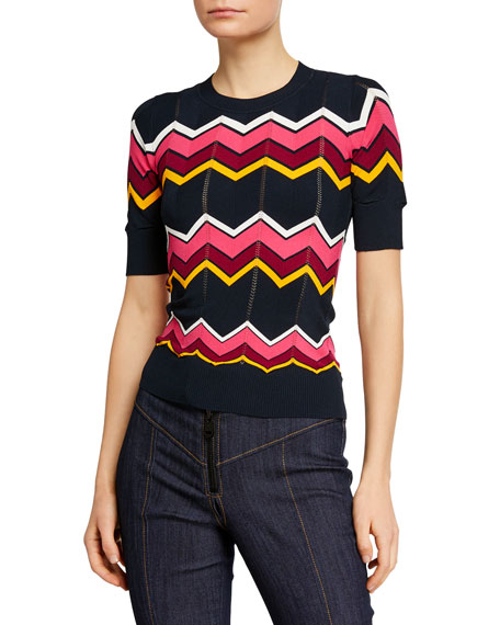 Cinq À Sept Sweaters ZARIAH FITTED CHEVRON SHORT-SLEEVE SWEATER