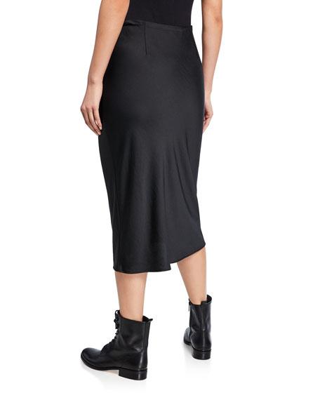 Light Wash & Go Skirt