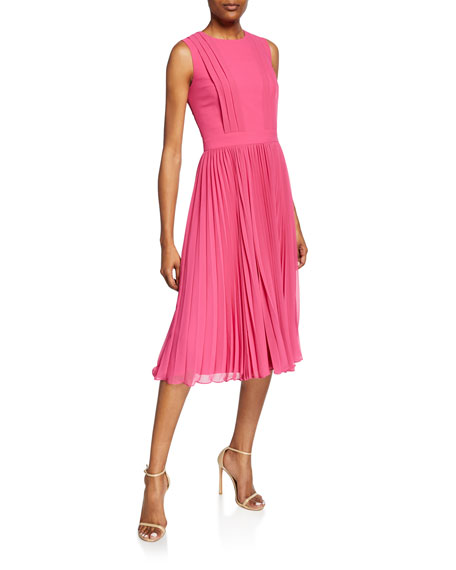 Crewneck Sleeveless Pleated Cocktail Dress