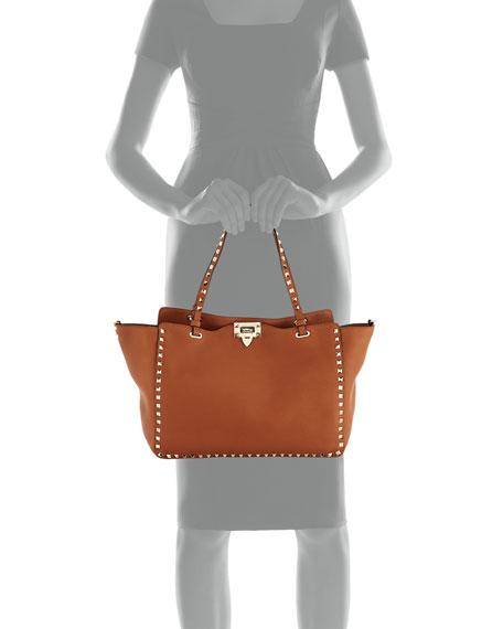 06dc62738d952 Valentino Garavani Rockstud Medium Pebbled Tote Bag, Tan