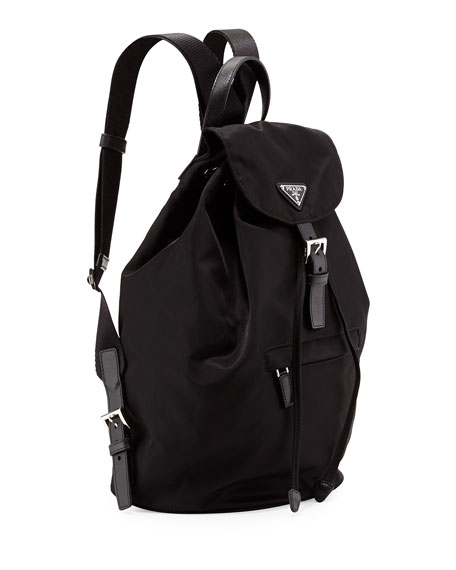 Vela Medium Backpack, Black (Nero)