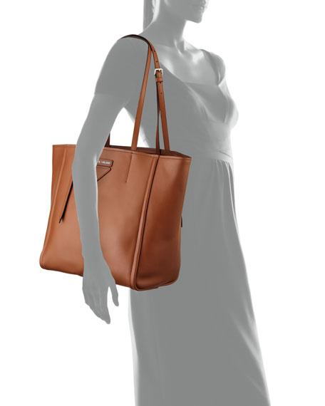 795ecc463f1b39 Prada Small Prada Concept Shopper