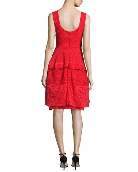Moldova Sleeveless Lace Cocktail Dress, Red