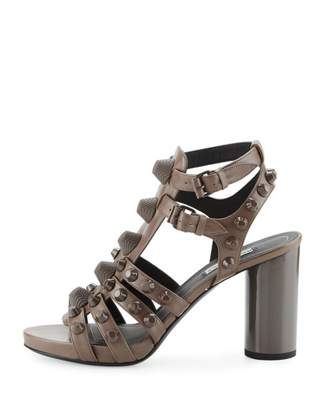 Studded Chunky-Heel Cage Sandal, Gris Asphalte