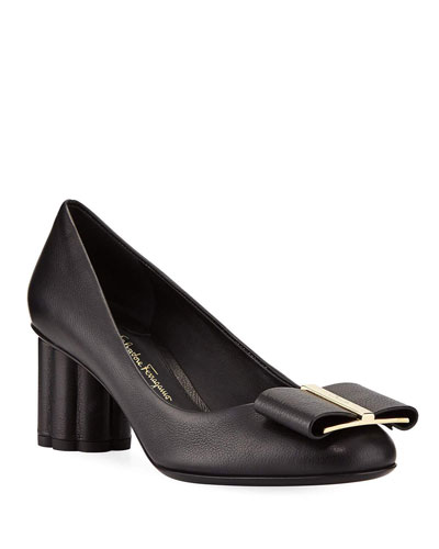 Capua 55 Pebbled Leather Pumps with Vara Bow, Nero