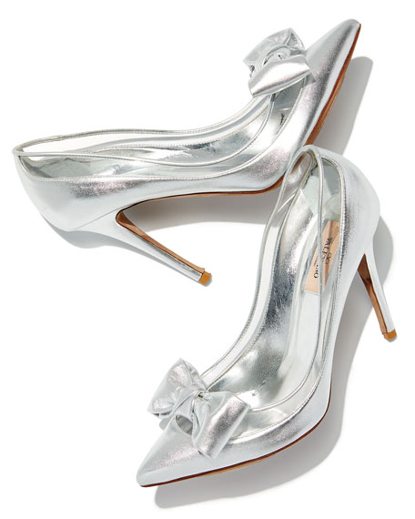 Dolly Bow Metallic Pumps
